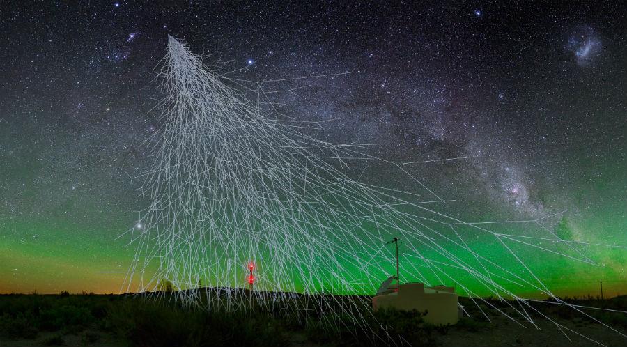 Un equipo da USC participa na detección de raios cósmicos de orixe extragalática